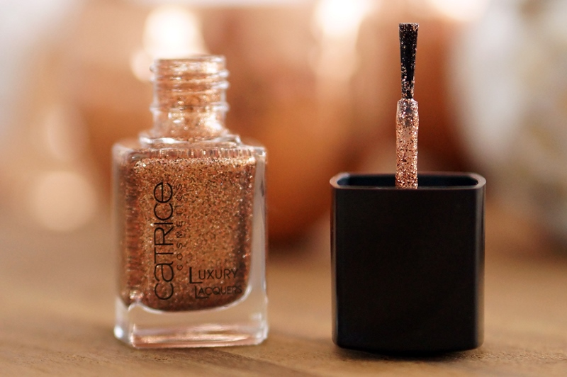 Catrice-Luxury-Lacquers-Million-Brilliance-06-bronze-upon-a-time- (2)