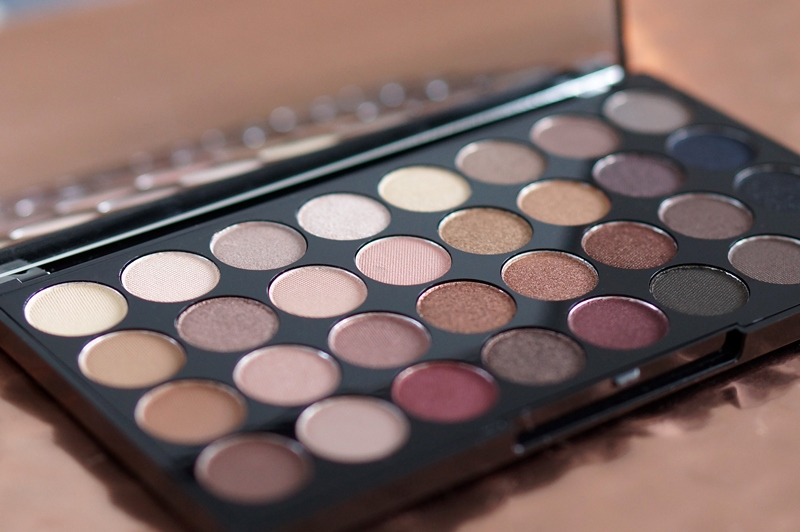 Make-up-Revolution-London-Flawless-Ultra-Eyeshadows-32-review (13)