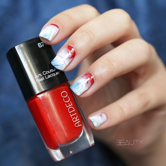 Nailart inspired by the national flag of the Netherlands. But…