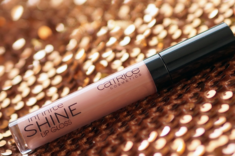 Catrice-infinite-shine-lipgloss-030-rose-would-you (12)
