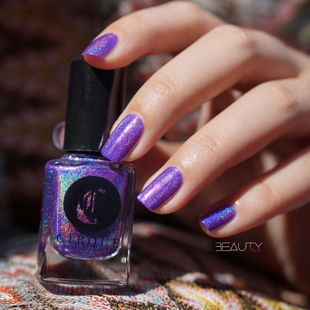 cirquecolors Concord beautiful purple holographic from the Juicy collection