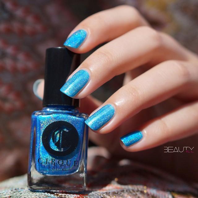 cirquecolors Royal Hawaiian perfect holographic royal blue