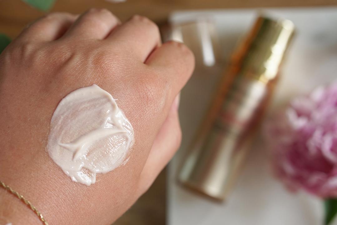 Estée Lauder Revitalizing Supreme Plus Global Anti-Aging Wake Up Balm