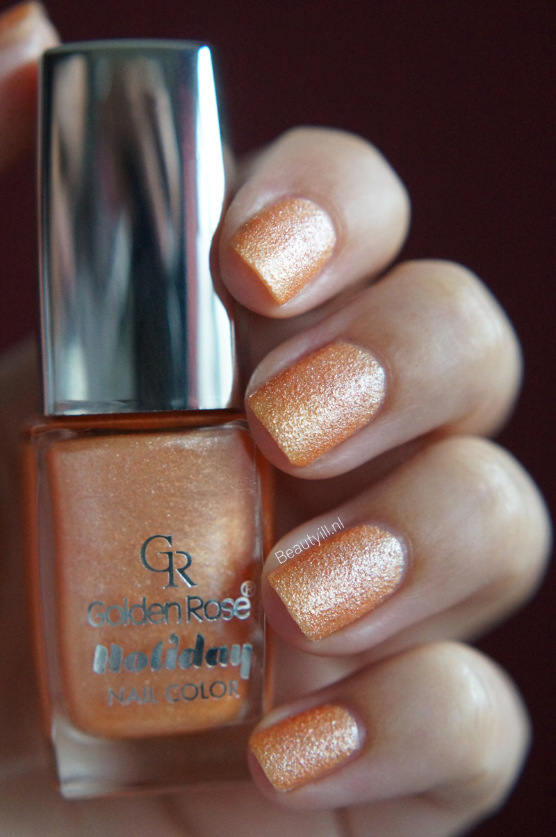 Golden-Rose-holiday-nail-color-72 (11)