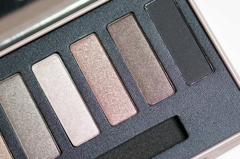 W7-in-the-buff-palette-review (10)