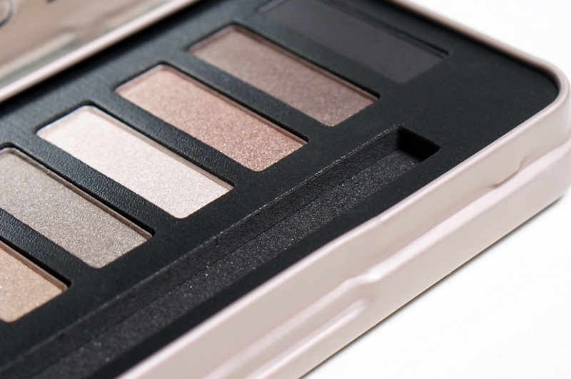 W7-in-the-buff-palette-review (7)
