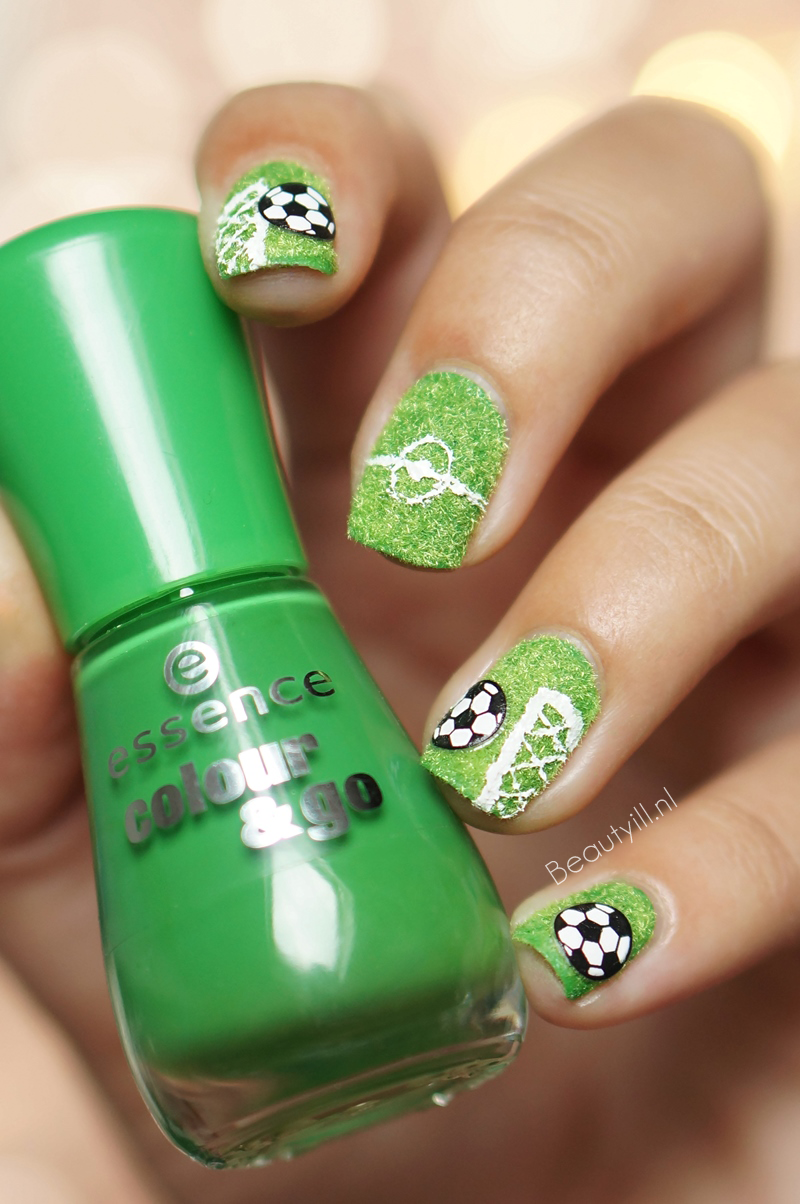 Nail Art WK 2014, Scoor met je nagels! #3