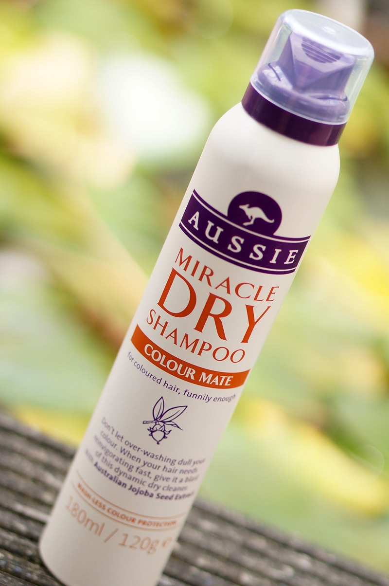 Aussie-miracle-dry-shampoo-review (5)