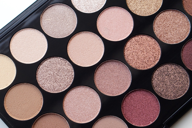 Make Up Revolution London Flawless Ultra Eyeshadows 32