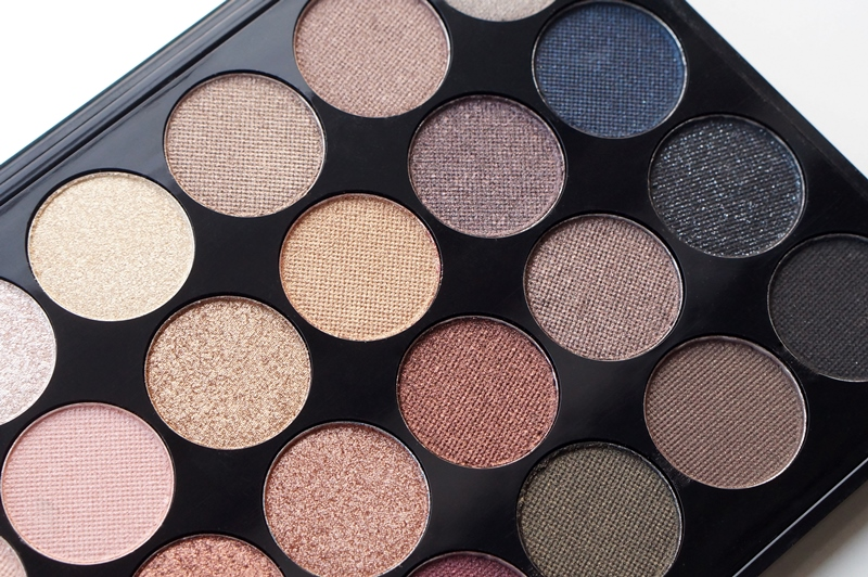 Make-up-Revolution-London-Flawless-Ultra-Eyeshadows-32-review (16)