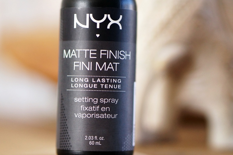 NYX-Fixing-Spray-Matte-Finish-Setting-Spray (2)