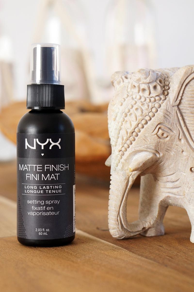 NYX-Fixing-Spray-Matte-Finish-Setting-Spray (5)