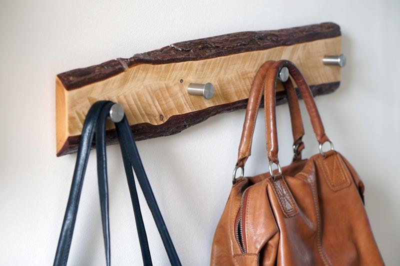 houten-robuuste-kapstok-diy-robuust-boomstam-kapstok (2)