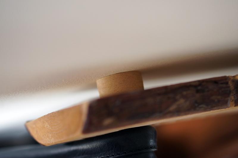 houten-robuuste-kapstok-diy-robuust-boomstam-kapstok (7)