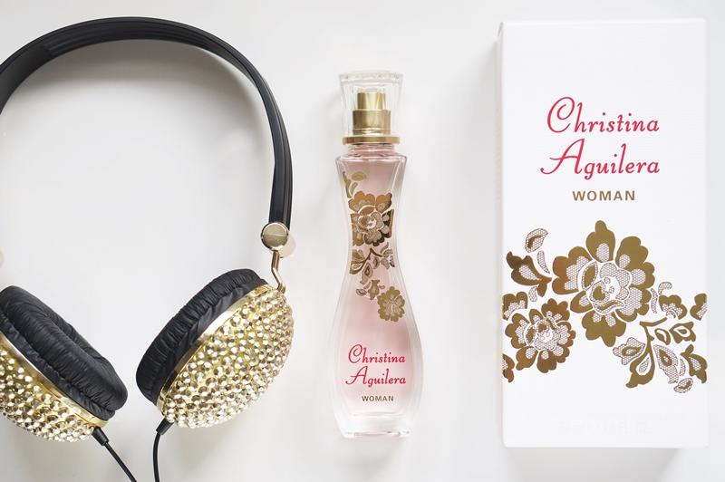 Christina-Augulera-woman-parfum-eau-de-toilette-review (4)