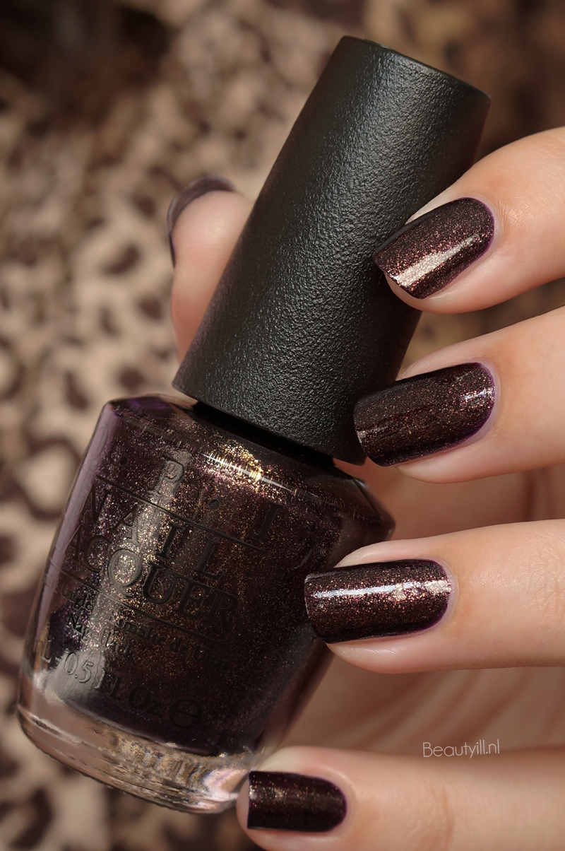 OPI Gwen Stefani Holiday Collection swatches