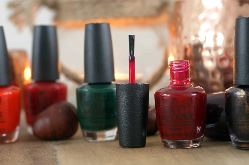 OPI-holliday-2014-collection-swatches-beautyill (4)