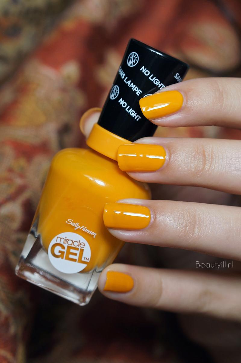 Sally-hanssen-miracle-gel-320-short-cir-cute (7)