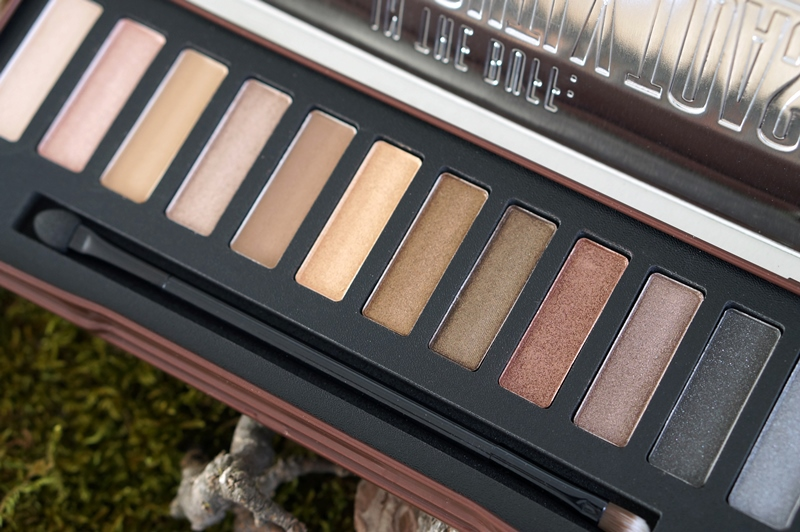 w7-urban-decay-naked-1-dupelightly-toasted-natural-nudes-eyeshadow-palette-review-swatches-look (5)