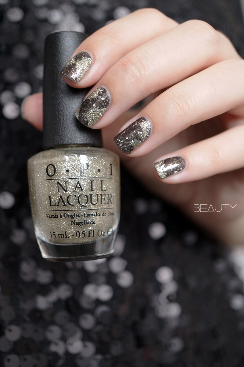 nail-art-happy-new-year-opi-my-private-jet-my-favorite-ornament-catrice-gold-leaf-top-coat (7)