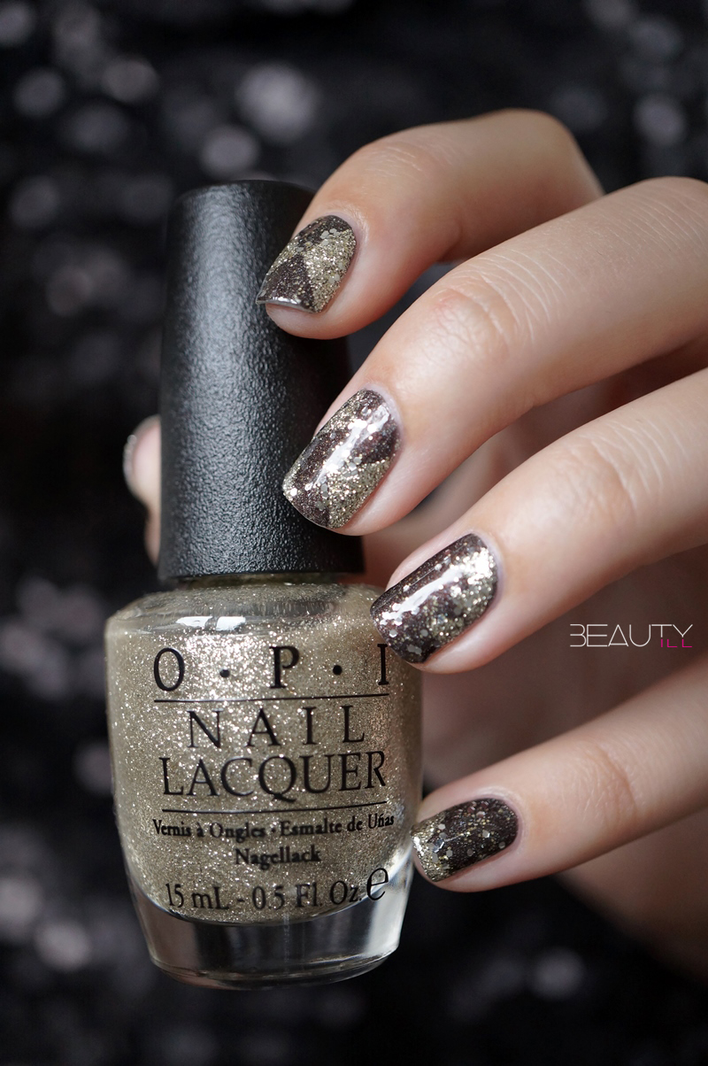 nail-art-happy-new-year-opi-my-private-jet-my-favorite-ornament-catrice-gold-leaf-top-coat (8)