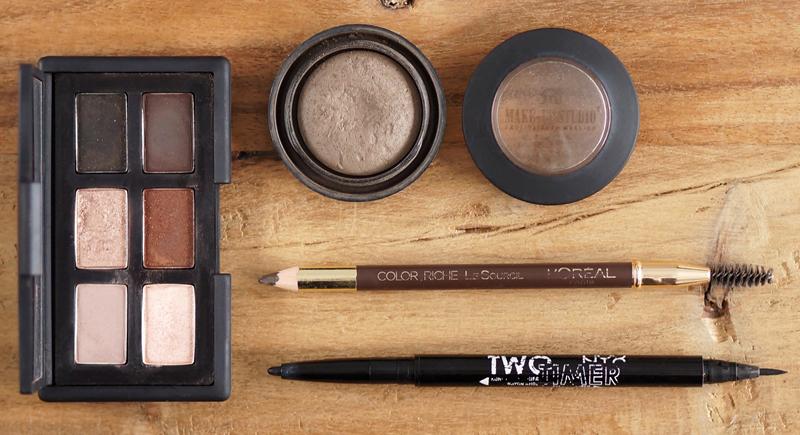 Everyday-Makeup-Essentials  (2)