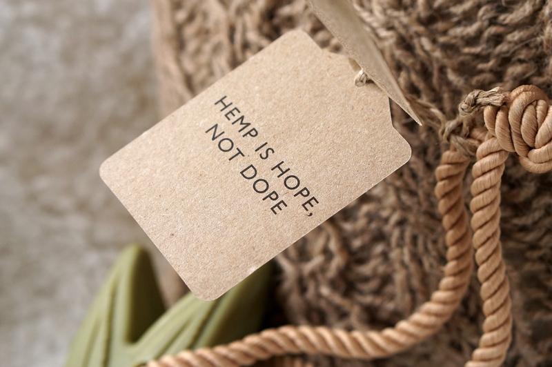 Hemp-soap-on-a-rope (8)