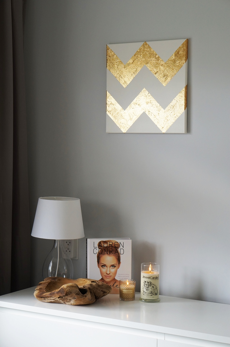 DIY-gold-leaf-chevron-painting-5