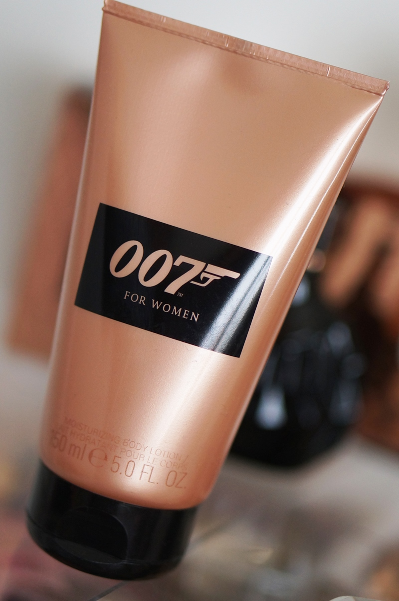 James-Bond-007-eau-de-toilette-parfum-douchegel-for-woman (5)