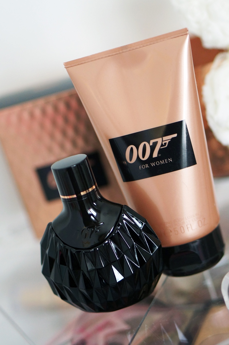 James-Bond-007-eau-de-toilette-parfum-douchegel-for-woman