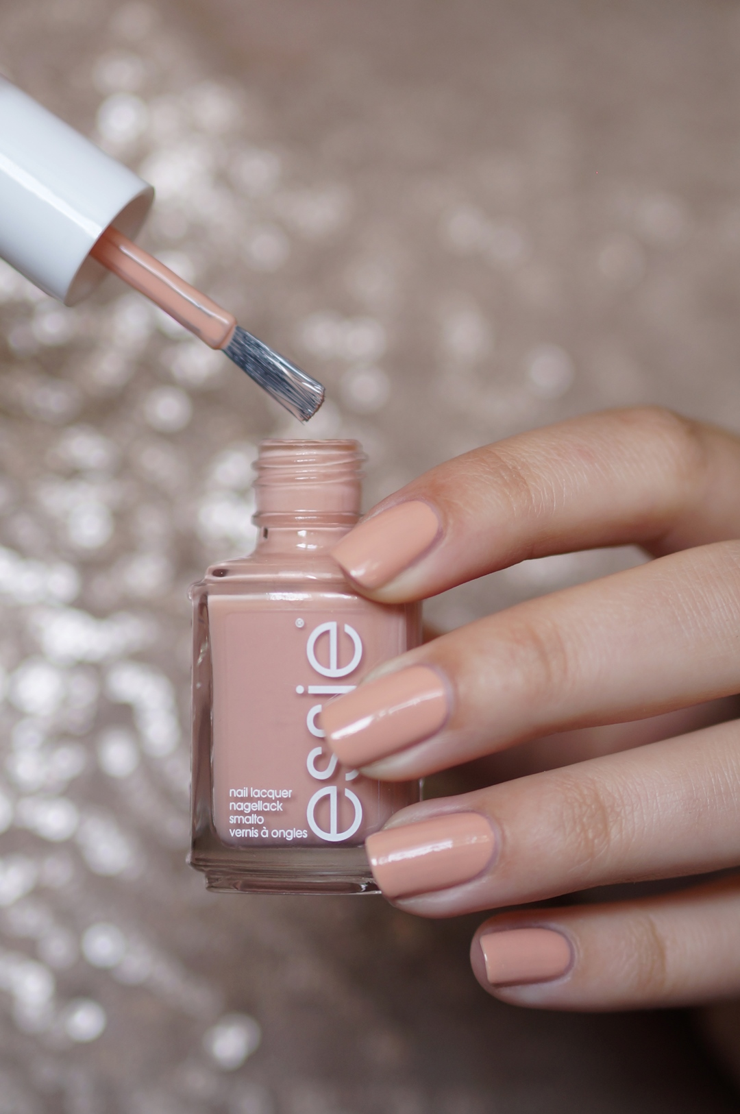 Essie-flowerista-perennial-chic-swatches-beautyill (2)