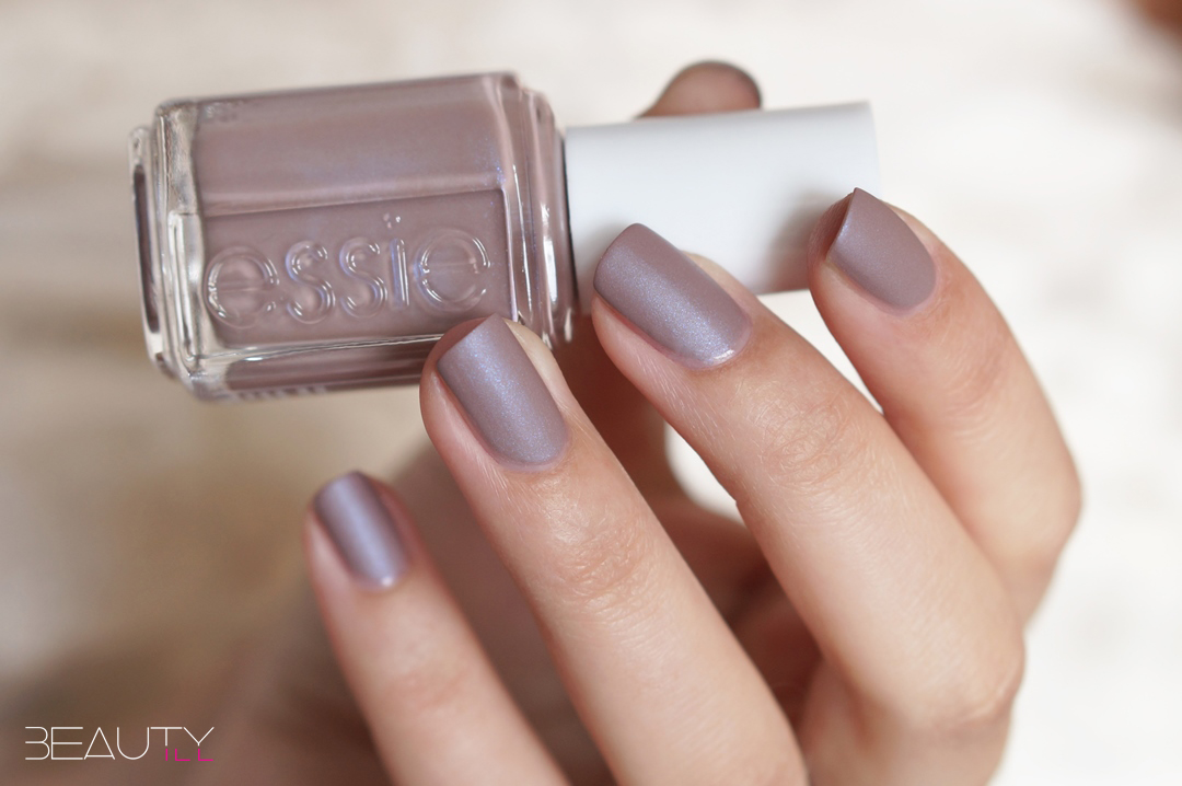 essie-cashmere-matte-collection-swatches-cozy-in-cashmere (7) - kopie