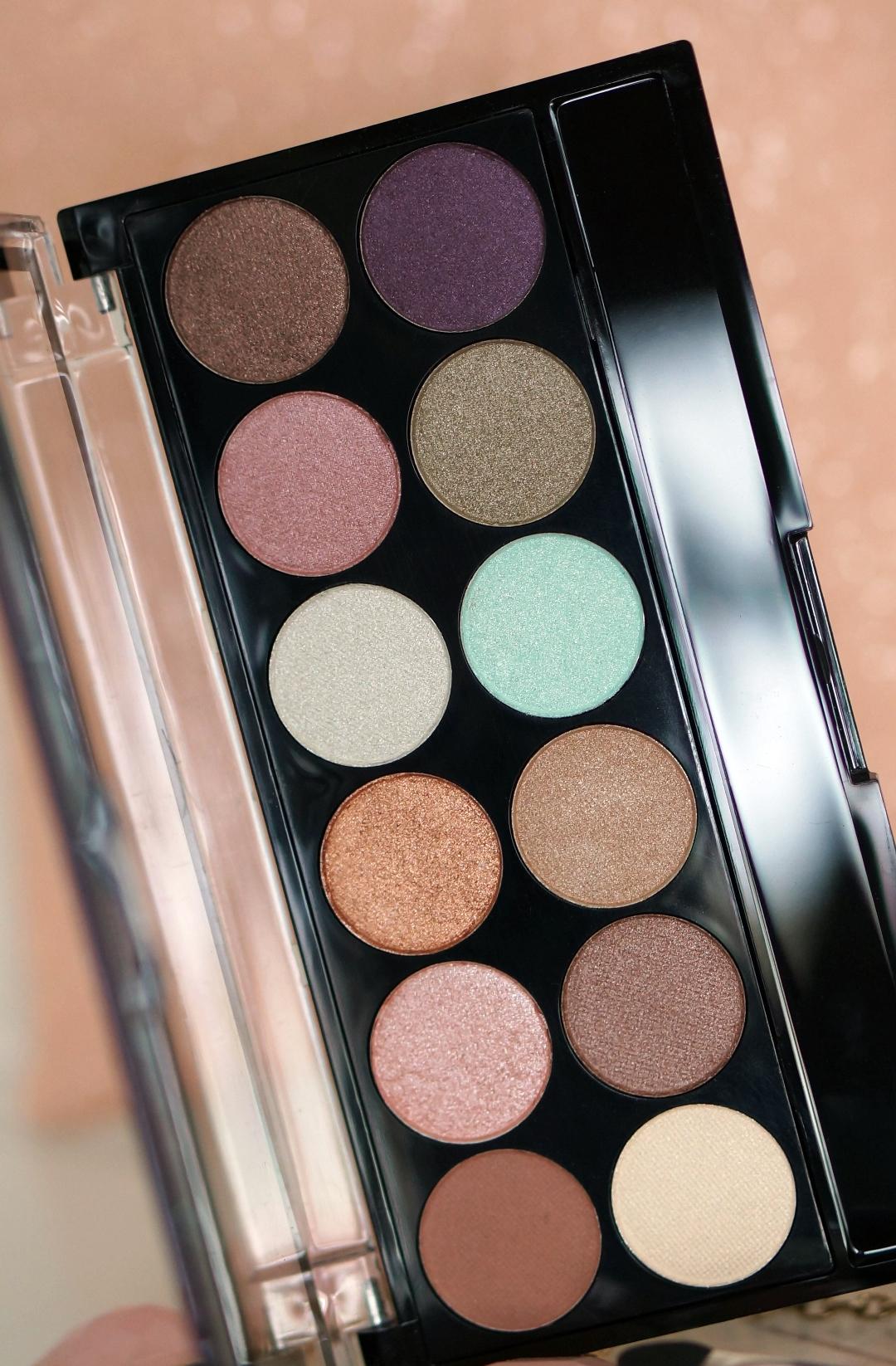 WIN 4x MUA Makeup Academy palette