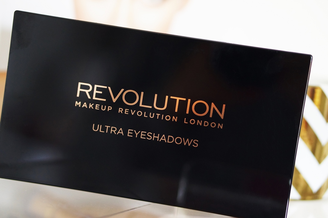 Makeup-revolution-beyond-flawless-ultra-eyeshadows-32 (3)