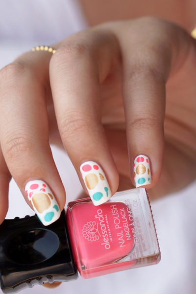 DIY Nail Art Ibiza Drop