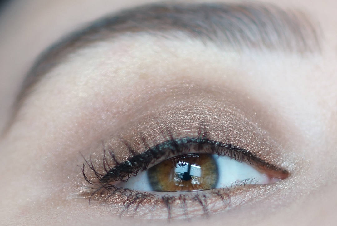 L'oreal-la-palette-nude-swatches-look-review (10)