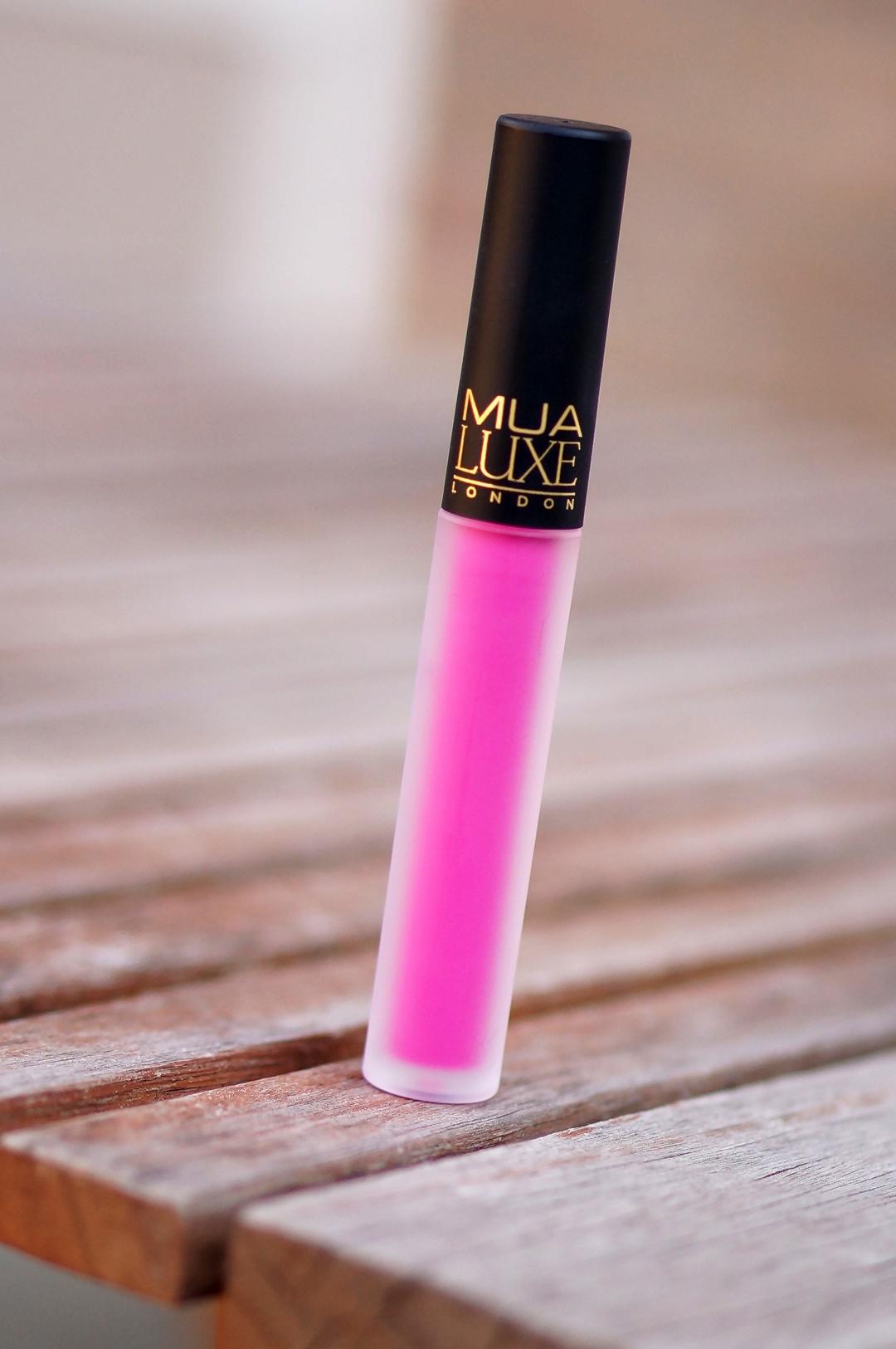 MUA-velvet-lip-lacquer-criminal (10)