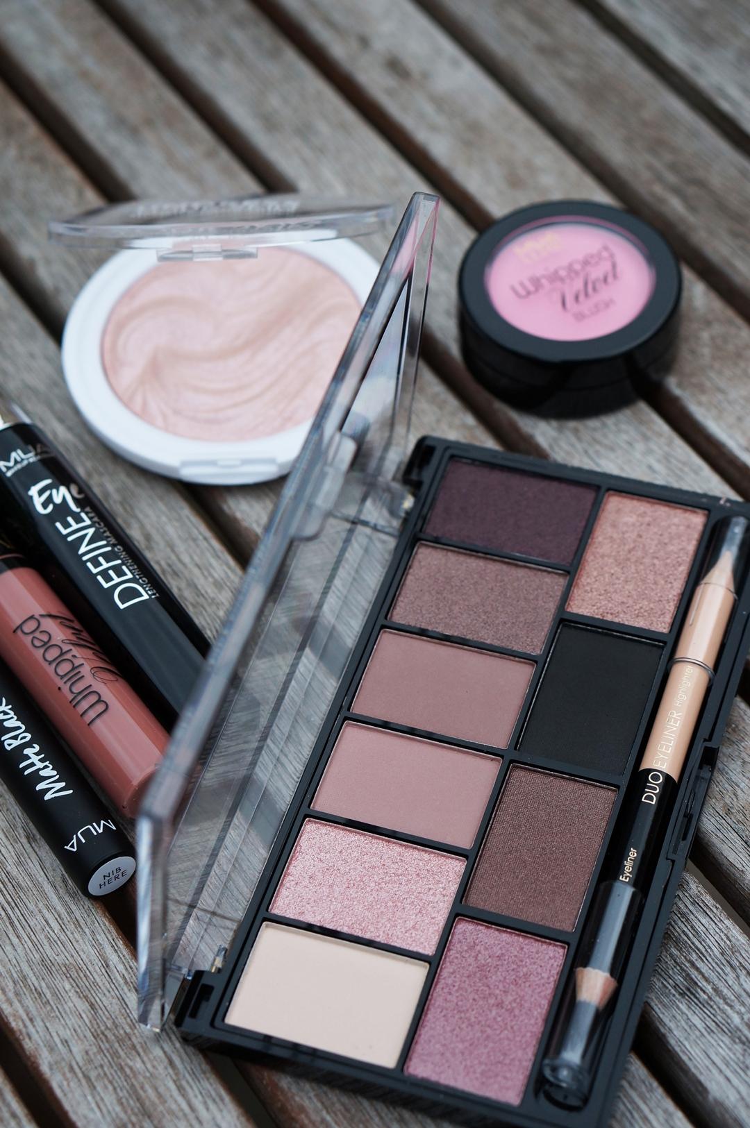 WIN MUA Ethereal Look make-up set