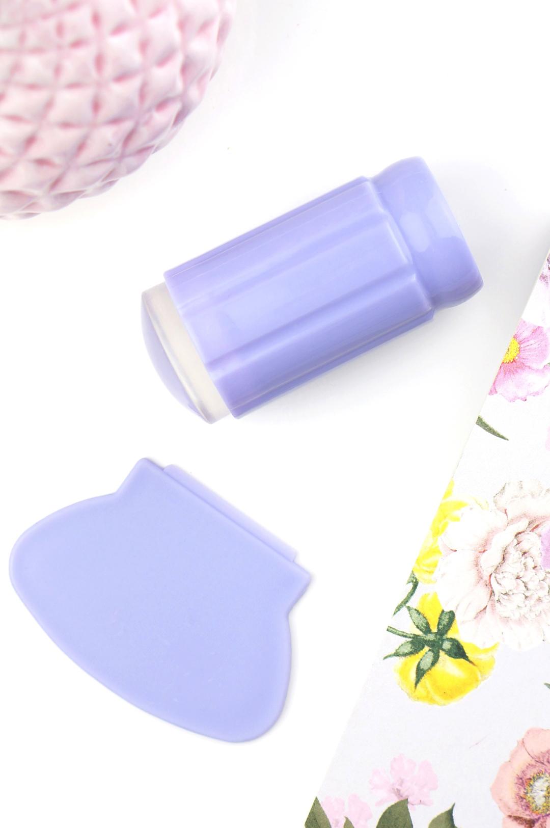 Clear Jelly Stamper Prettypolish Valentine nail art