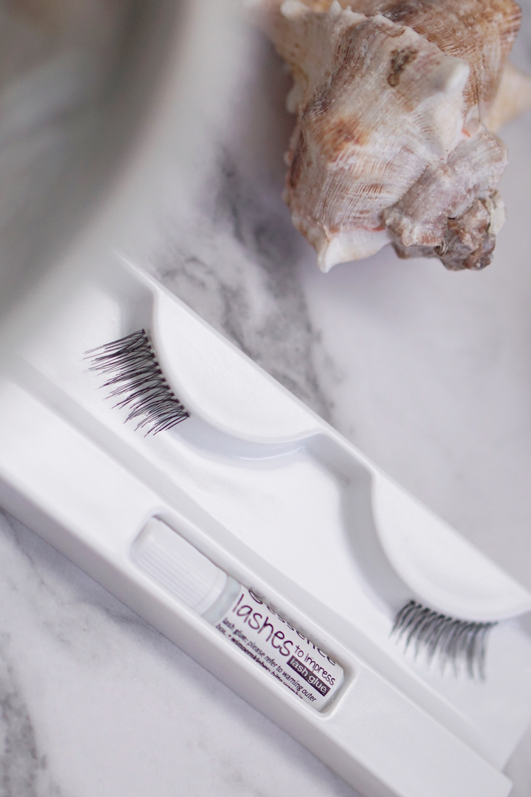 Essence Lashes to Impress nepwimpers