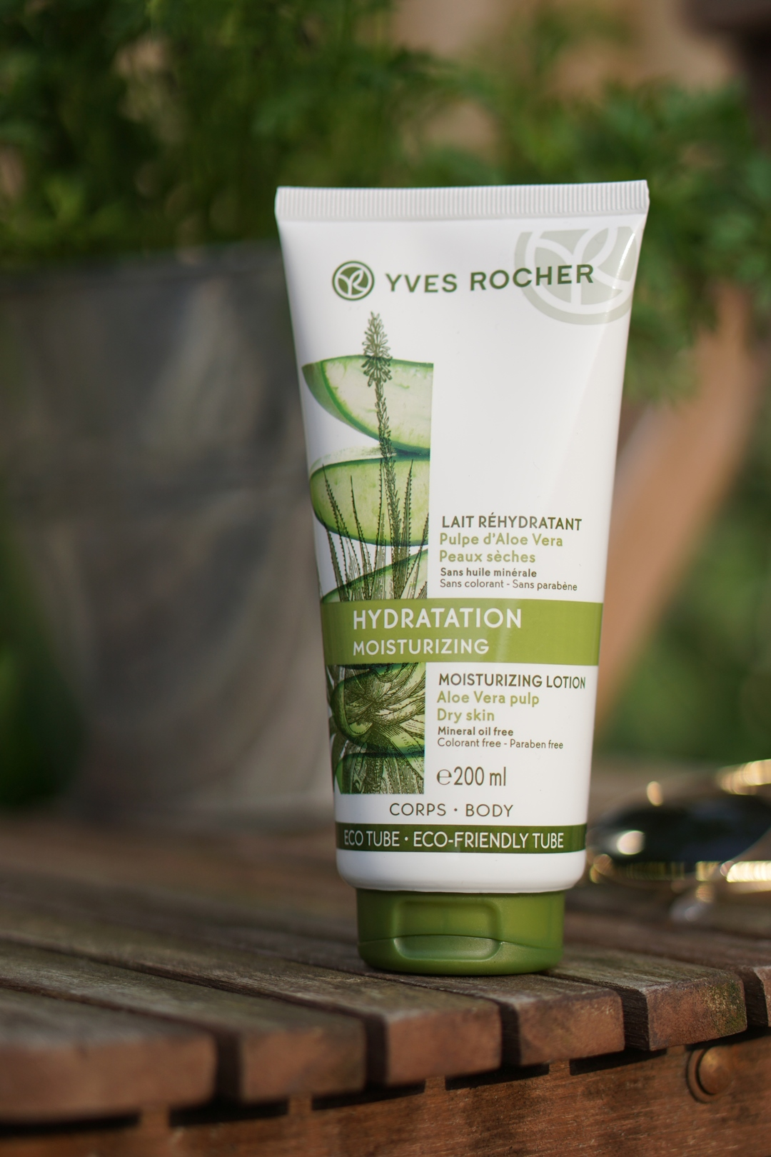 Yves Rocher Les Plaisirs Nature, summer proof legs