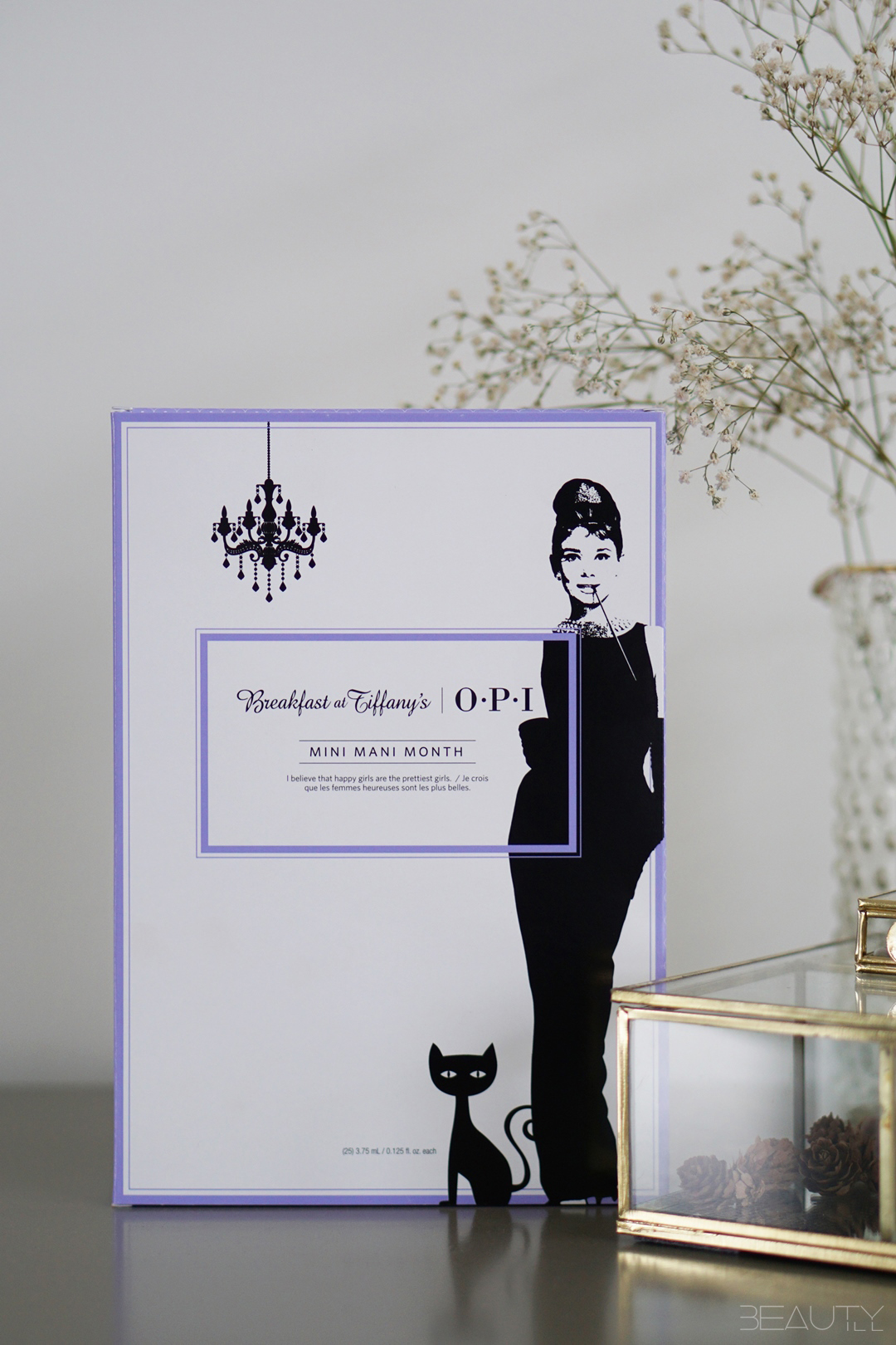 WIN OPI Breakfast at Tiffany's set met 25 kleurtjes!