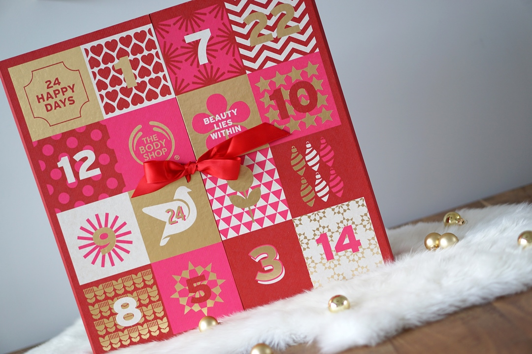 The Body Shop Deluxe Advent Calendar unboxing