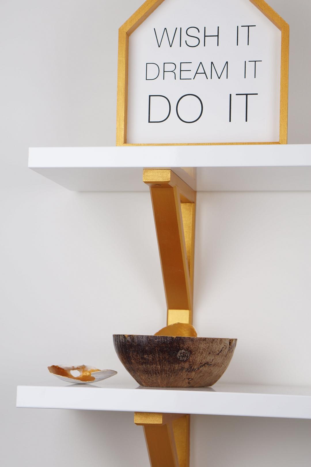 DIY Ikea Ekby Valter plankdrager goud