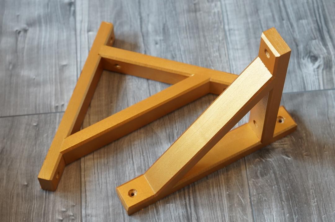 DIY Ikea Ekby plankdrager goud