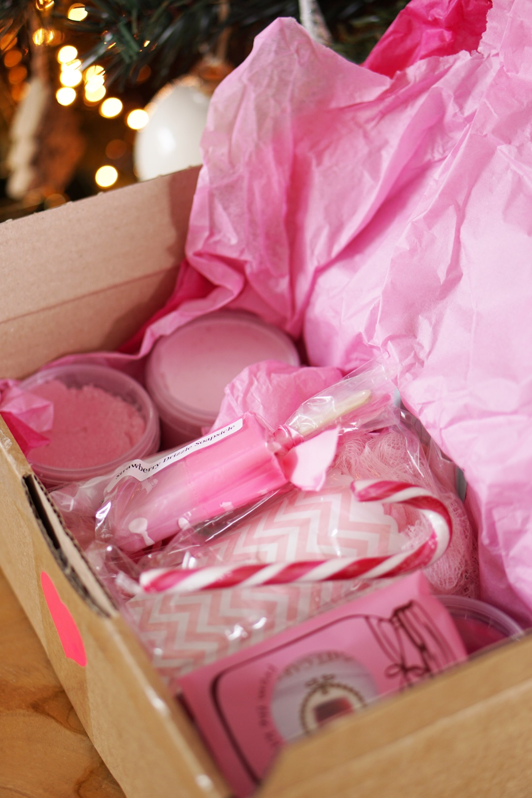 The Beauty Bakery Santa's Gigantic Gift Box