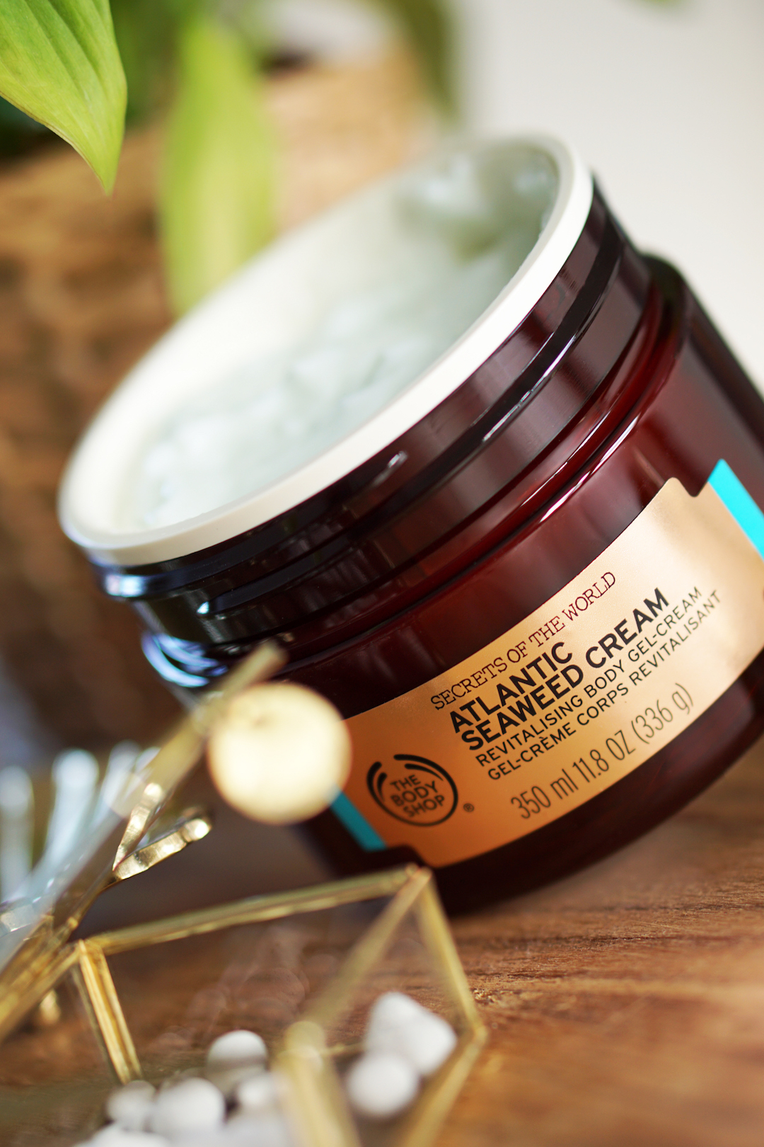 Secrets Of The World Brazilian Cupuaçu Scrub-in-Oil / Atlantic Seaweed Cream