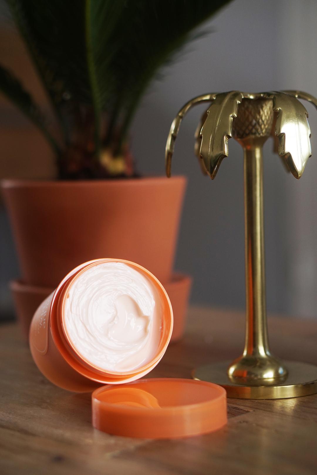 CLINIQUE Happy Gelato Creams for Body
