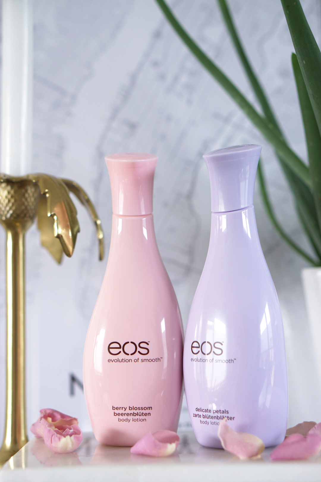 EOS Body Lotion Berry Blossom & Delicate Petals