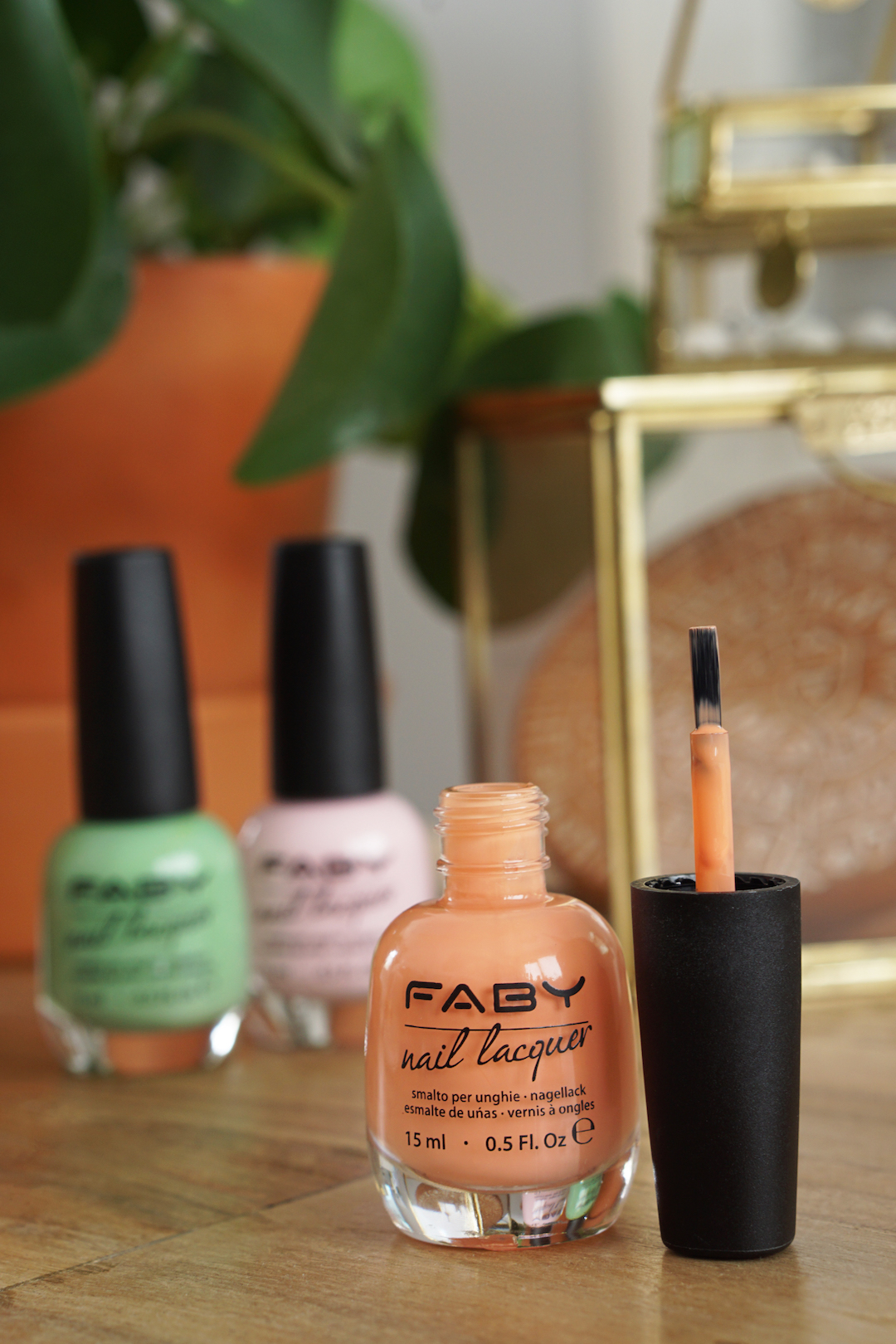 FABY, I'M FABY nagellak swatches